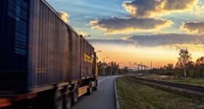 """Rinnovato il CCNL Logistica, Trasporto e Spedizione. Le organizzazioni datoriali: """"Un buon accordo in un momento difficile per imprese e lavoratori"""""""