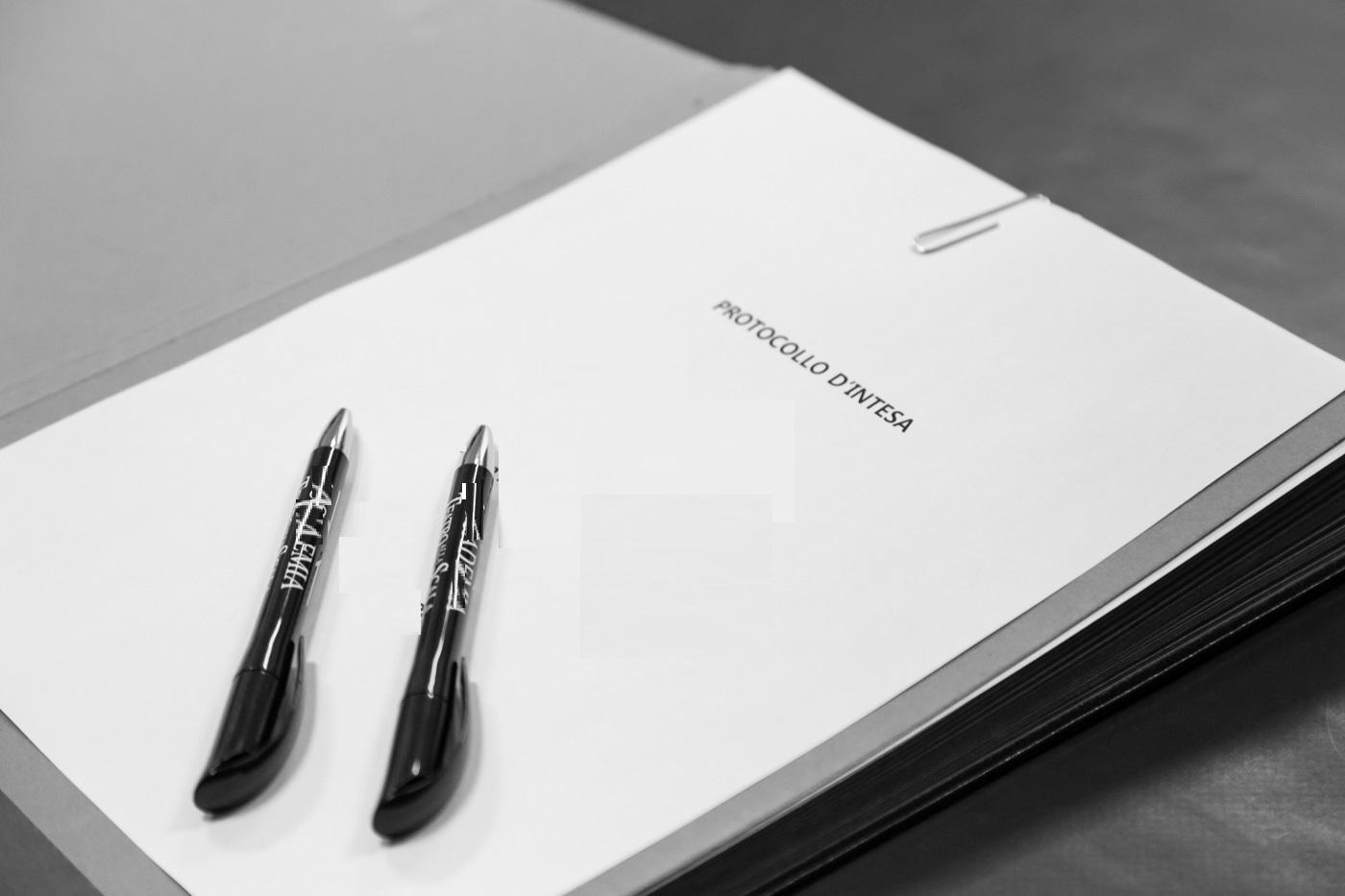 Firmato un protocollo per una concreta gestione futura degli appalti in regione