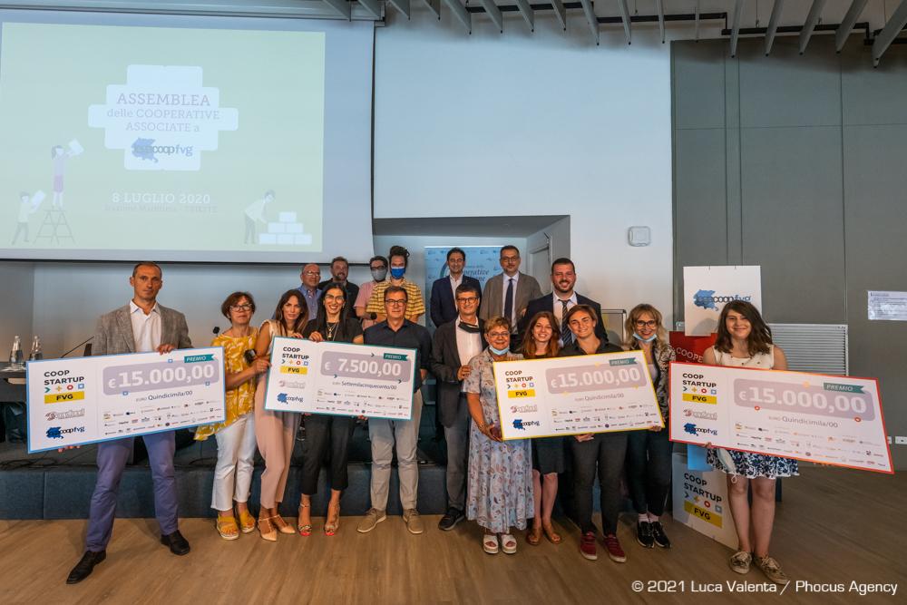La premiazione dei progetti vincitori del bando #Coopstartup FVG.